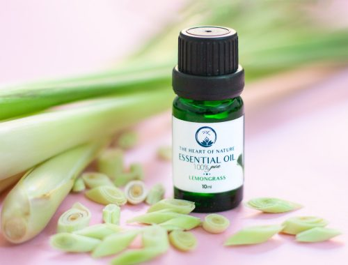 Lemongrass Essentail Oil in a glass bottle